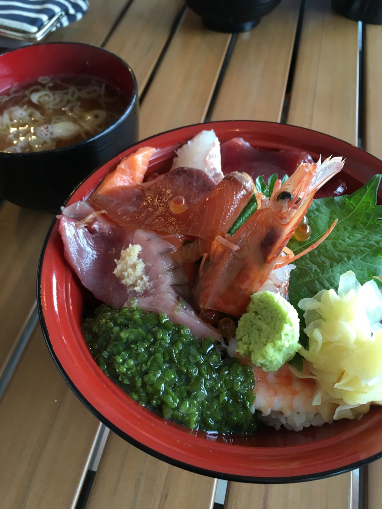 女川丼だけじゃない、女川の海鮮丼